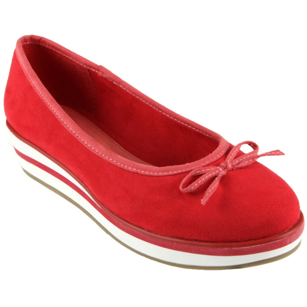 Chaussure-rouge-compensee